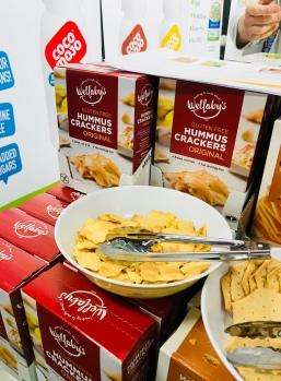 Wellaby's hummus crackers