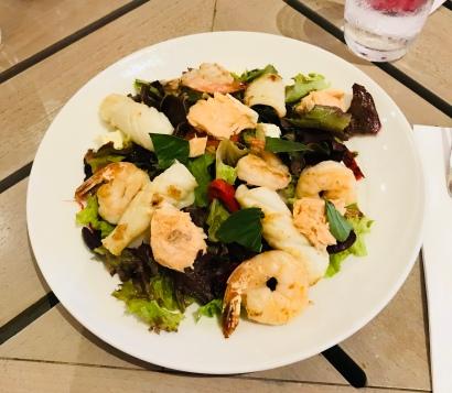 A very nice seafood salad